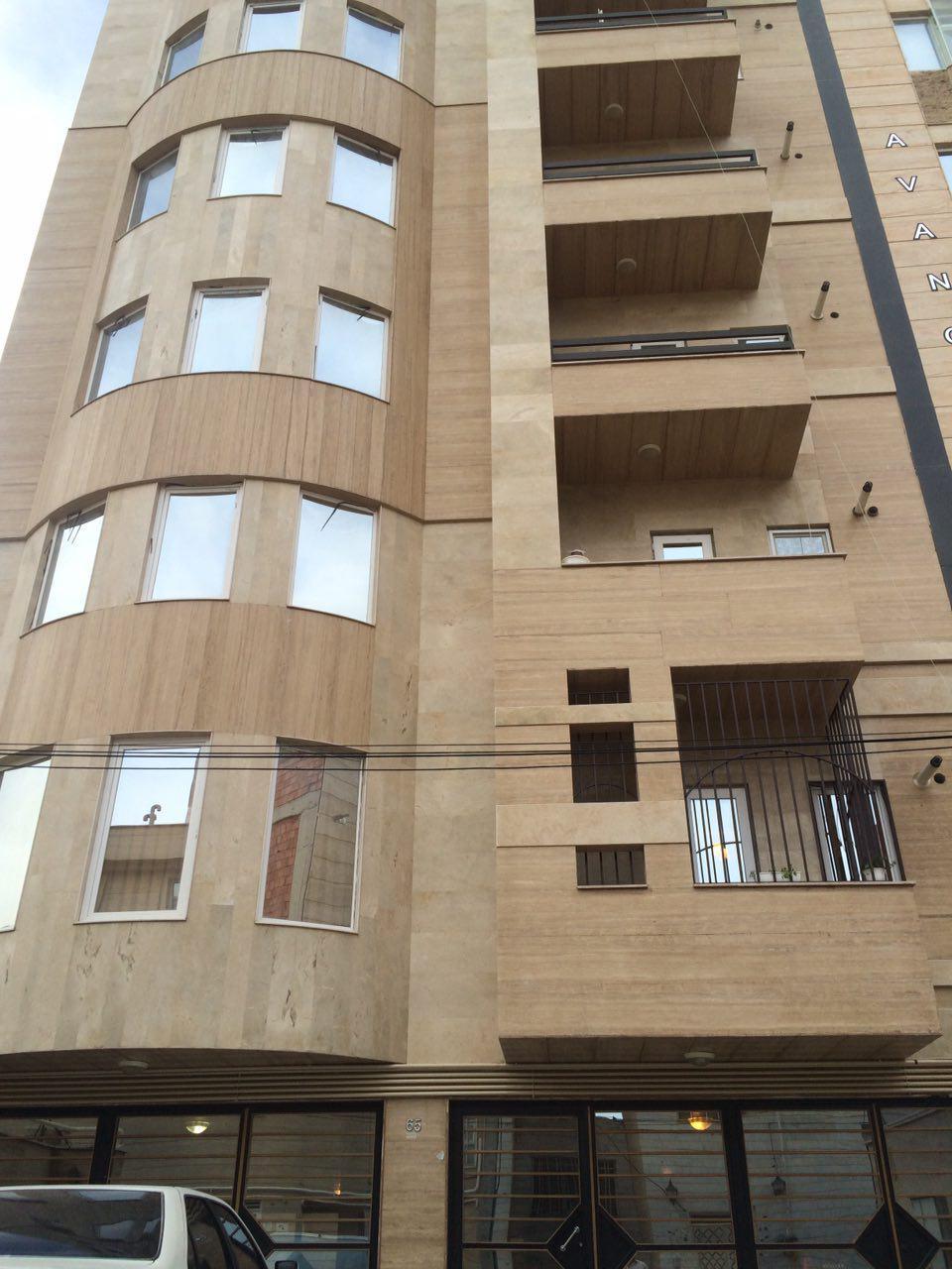 فروش طبقه چهارم از آپارتمان 7 طبقه