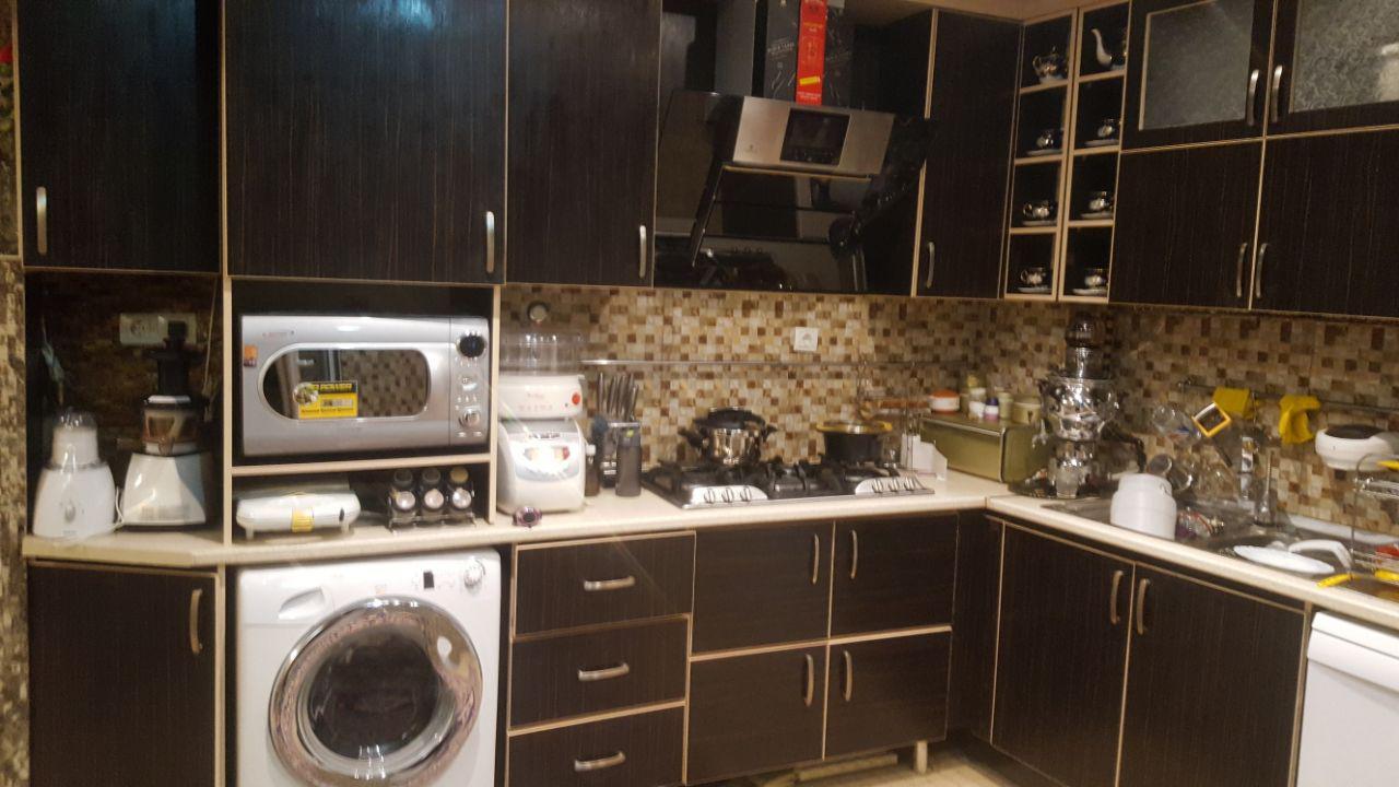 فروش طبقه چهارم از آپارتمان 5 طبقه در شهرک آزادی