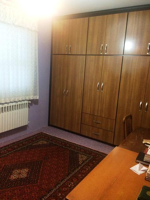 فروش طبقه سوم از آپارتمان چهار طبقه