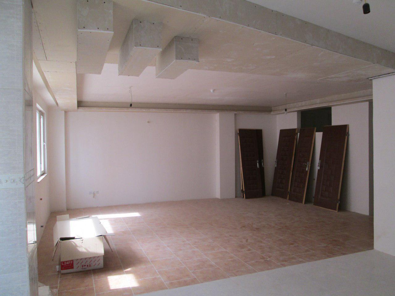 فروش طبقه دوم از اپارتمان 6 طبقه در شهرک نادری