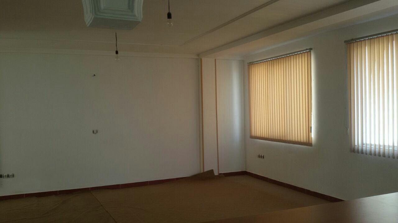 فروش طبقه سوم از آپارتمان 3طبقه در شهرک کارشناسان