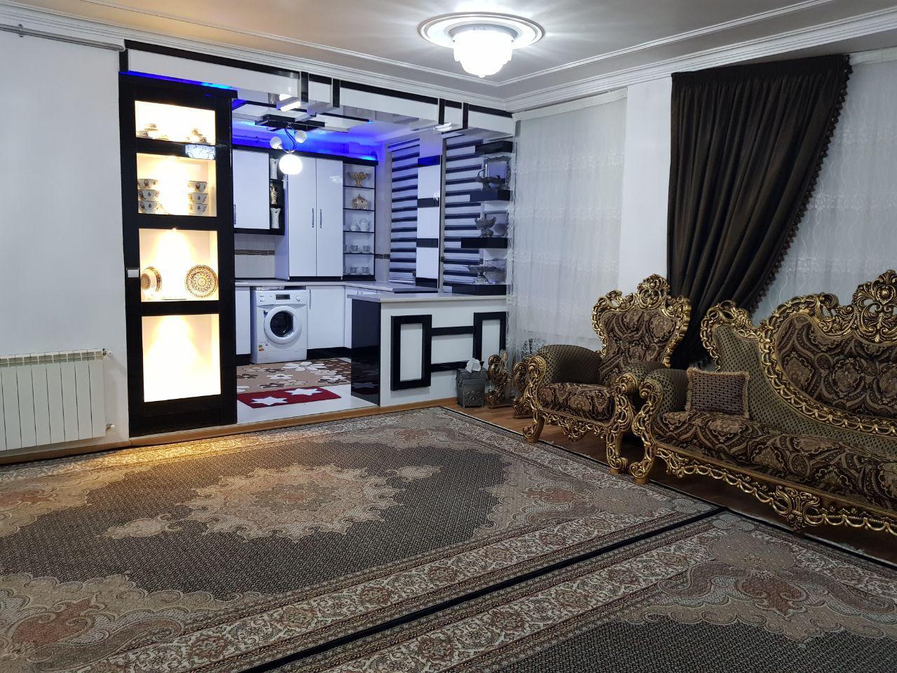 فروش طبقه دوم از آپارتمان 4 طبقه در شهرک دادگستری