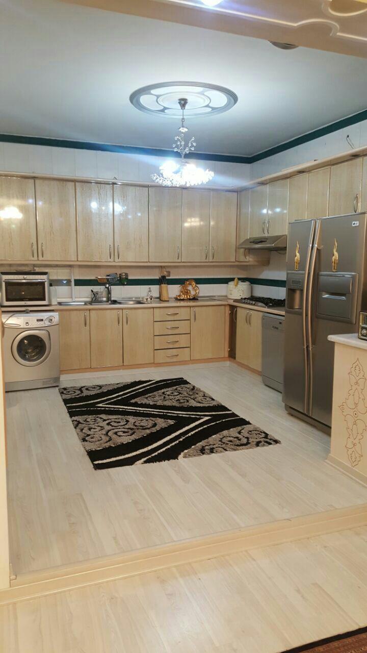 فروش یک باب خانه ویلایی پیلوت 2طبقه در شهرک حافظ