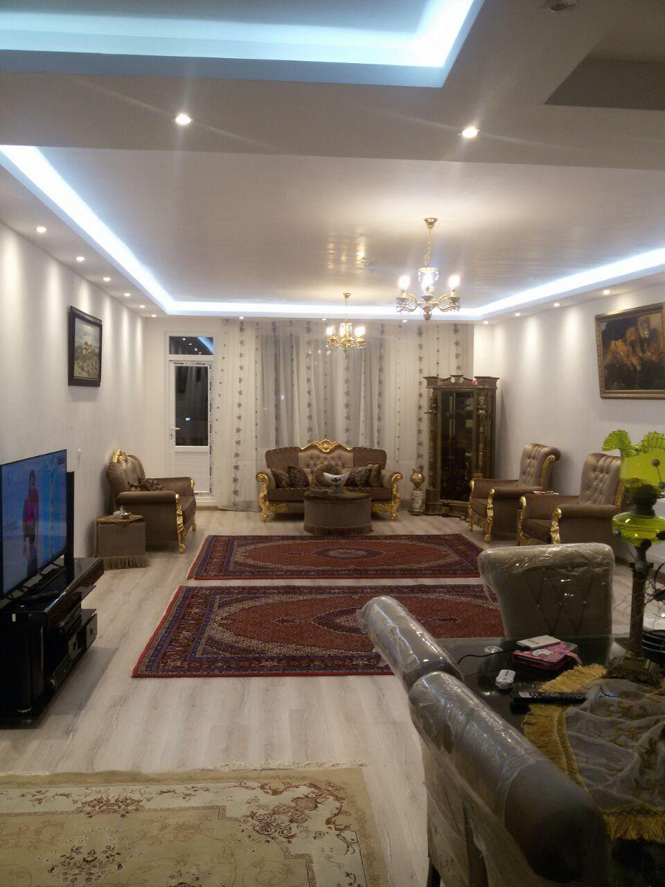 فروش طبقه پنجم از آپارتمان 5 طبقه 15 واحده در محله منصوریه