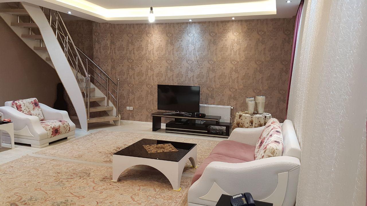 فروش طبقه پنجم (دوبلکس) از آپارتمان 5 طبقه در شهرک کوثر