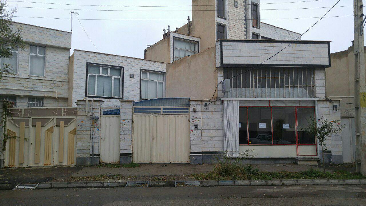 فروش یک باب خانه ویلایی واقع در شهرک سبلان