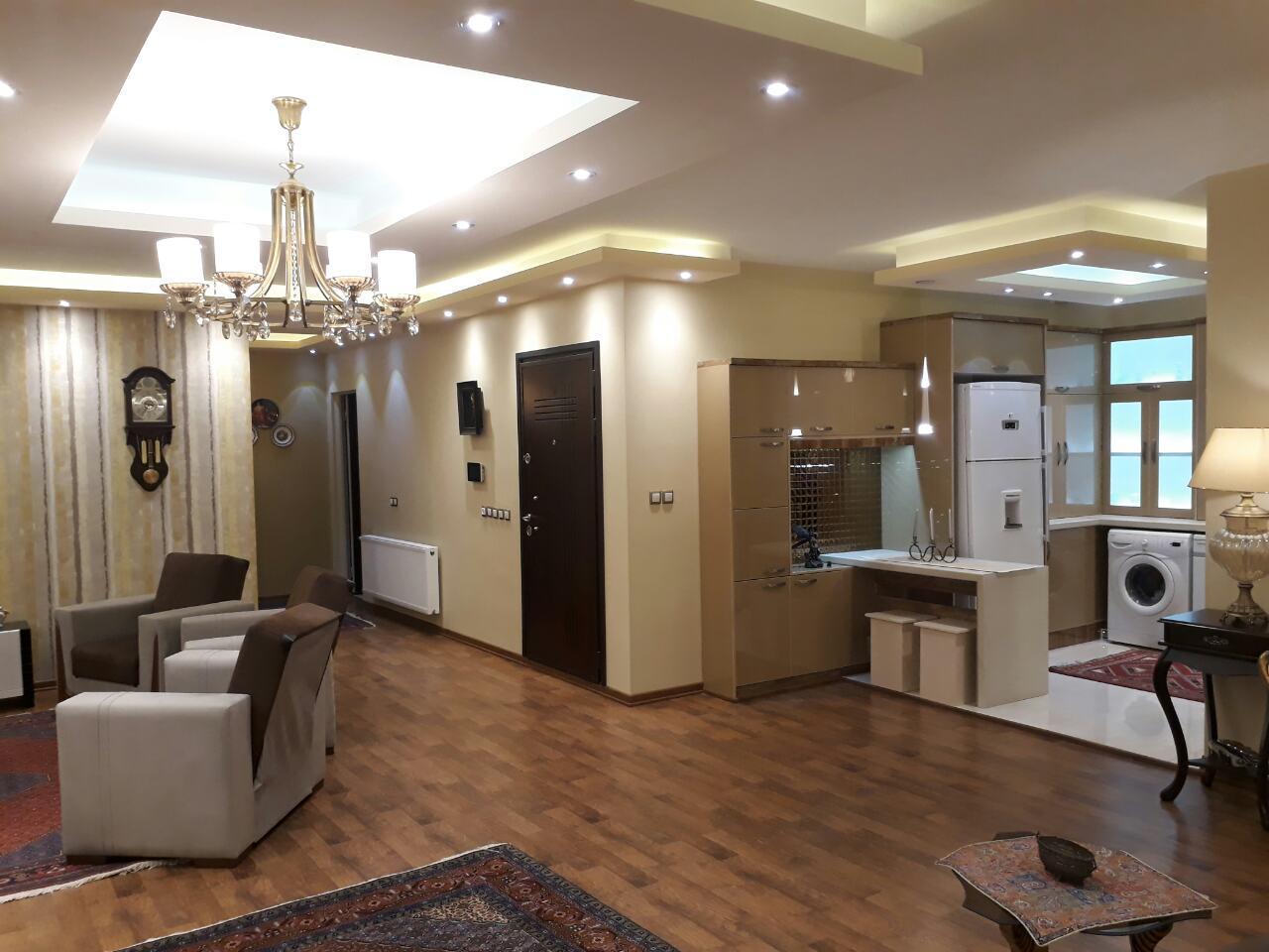 فروش طبقه سوم از آپارتمان 6 طبقه در دانش