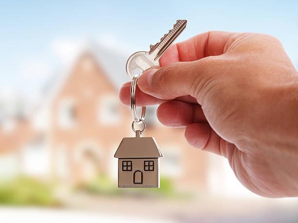 فروش خانه ویلایی پیلوت یک طبقه در شریعتی