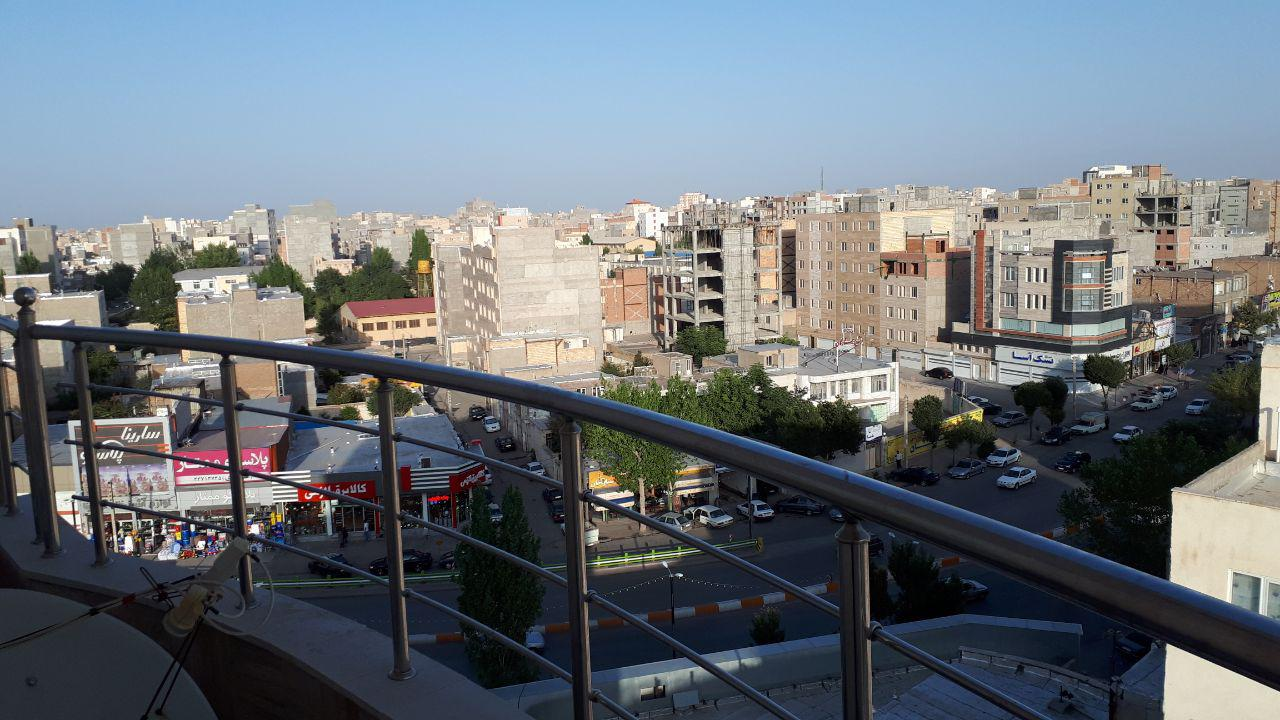 فروش طبقات 7 و 8 از آپارتمان 8 طبقه در حافظ