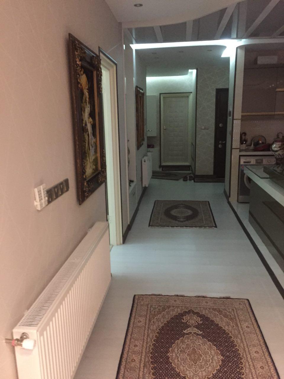 فروش طبقه ششم از آپارتمان 8 طبقه در شهرک آزادی