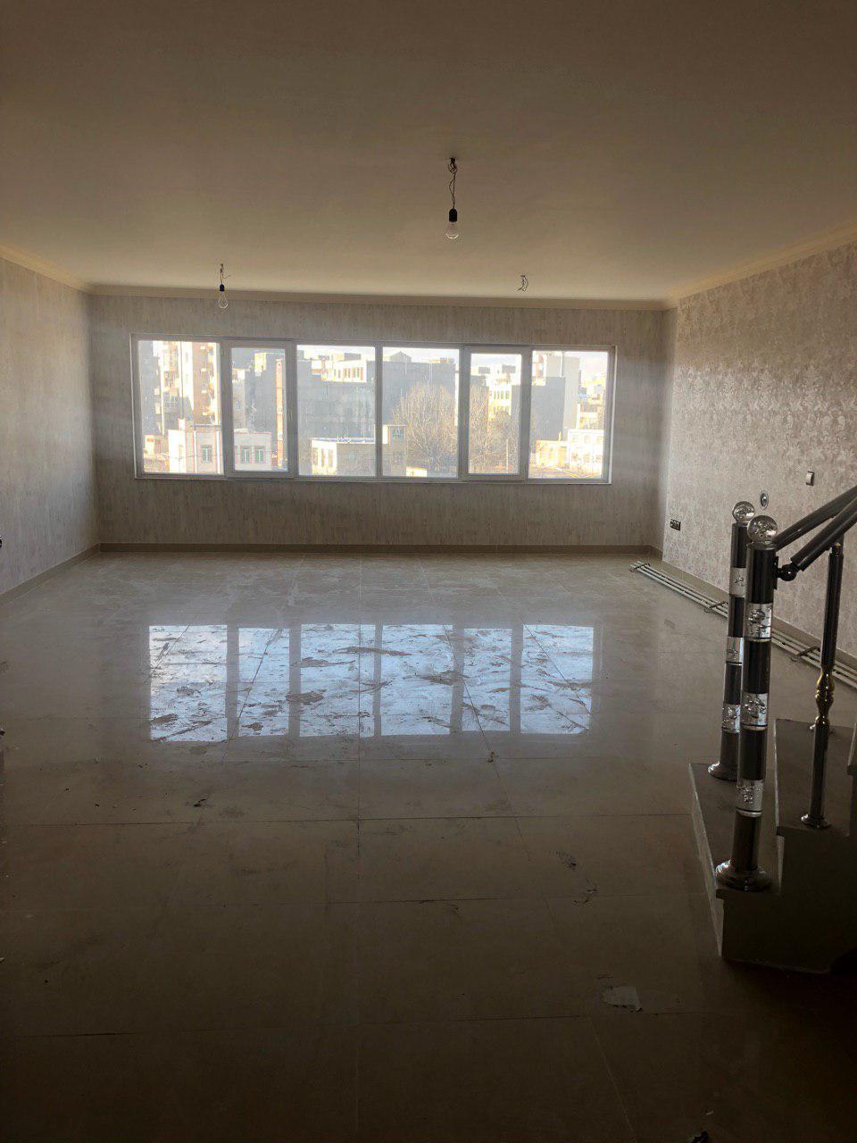 فروش طبقه چهارم از آپارتمان 4 طبقه(7واحد) در دانش