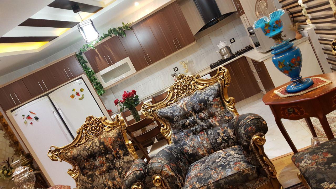 فروش طبقه اول ازآپارتمان 5 طبقه در میدان یحیویی