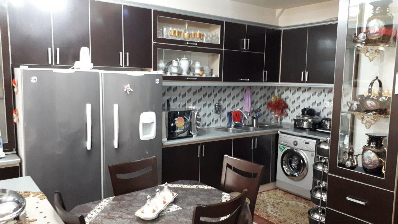 فروش طبقه اول از آپارتمان 6 طبقه(12 واحد) در دانش