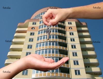 فروش طبقه دوم از آپارتمان 3 طبقه 6واحده در خیابان بعثت