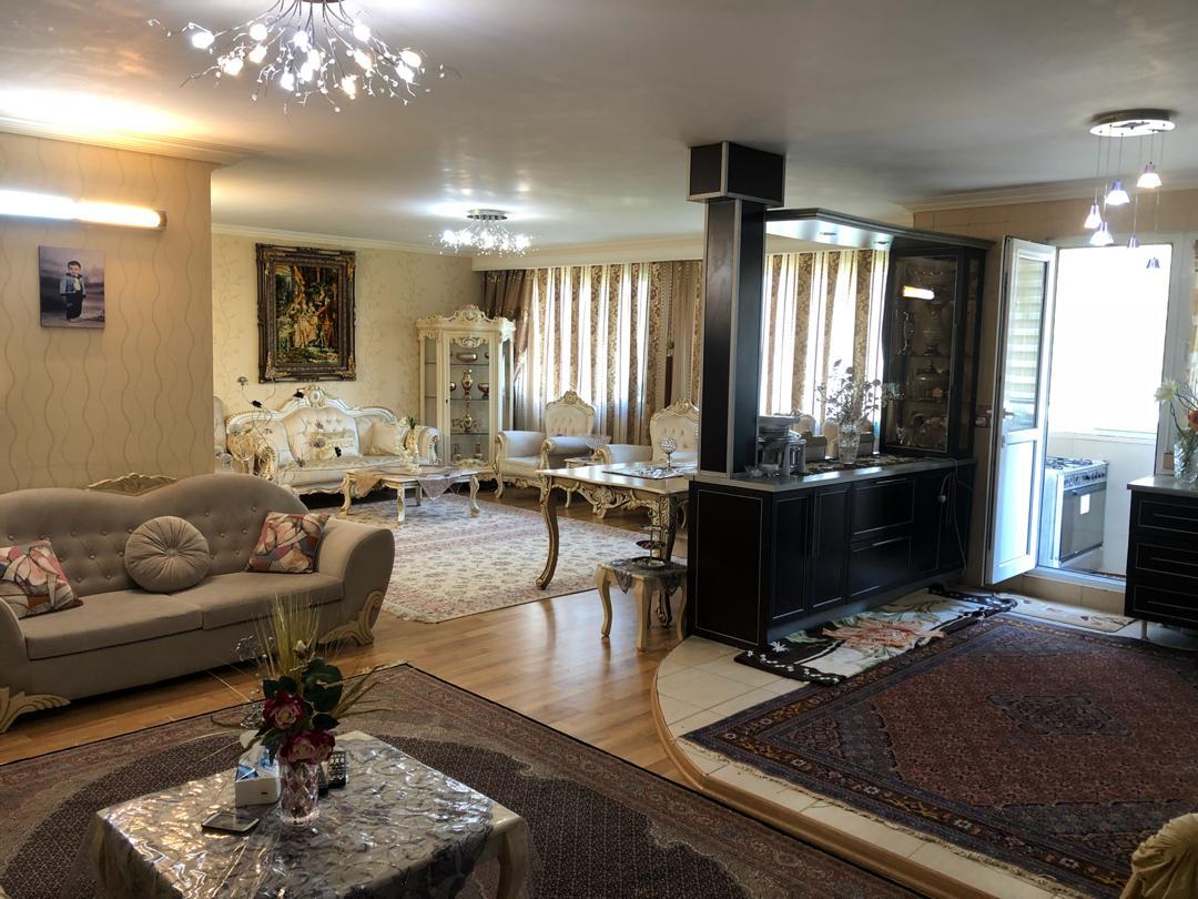 فروش طبقه دوم از آپارتمان 2 طبقه در شهرک کارشناسان
