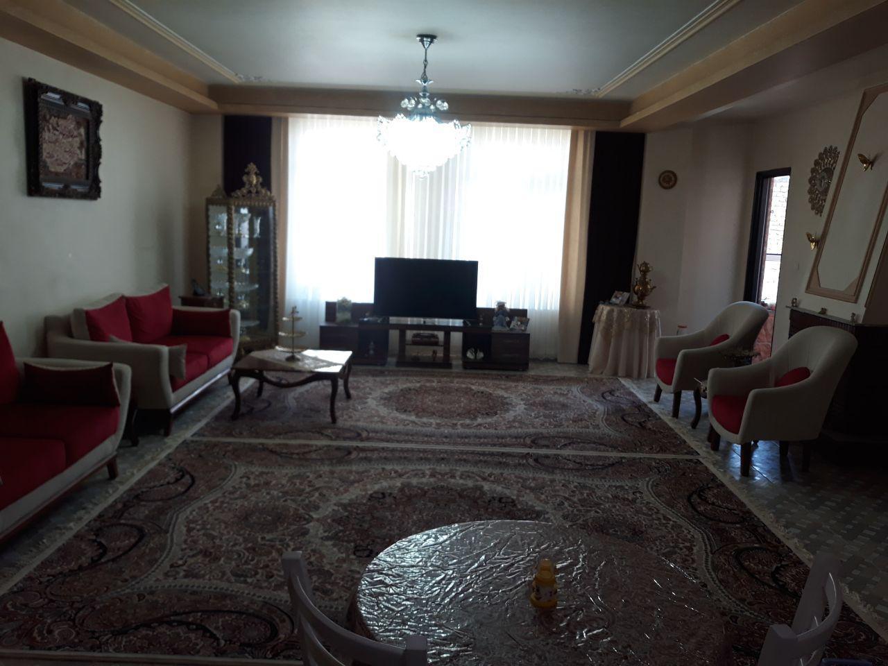 فروش طبقه سوم از آپارتمان 5طبقه (15واحد) در ملاهادی