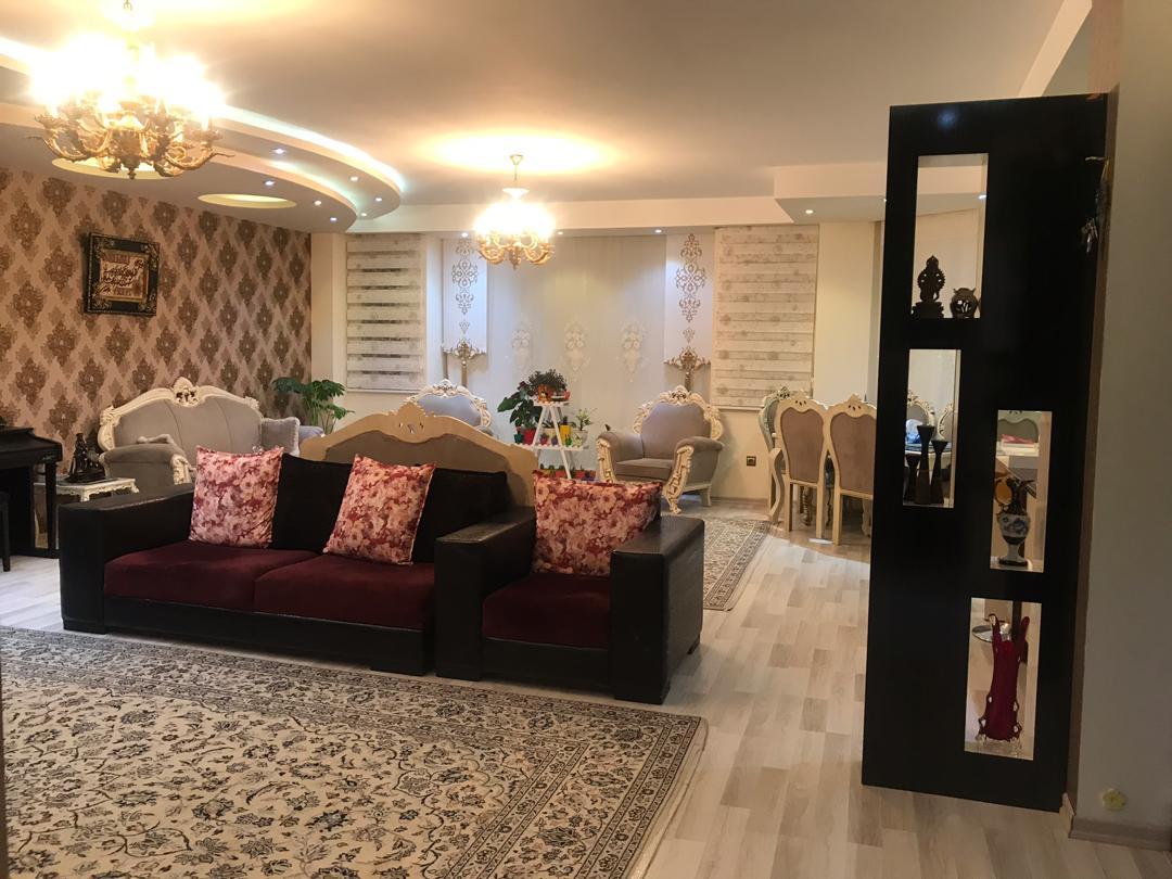 فروش طبقه دوم از آپارتمان 6طبقه در شهرک آزادی