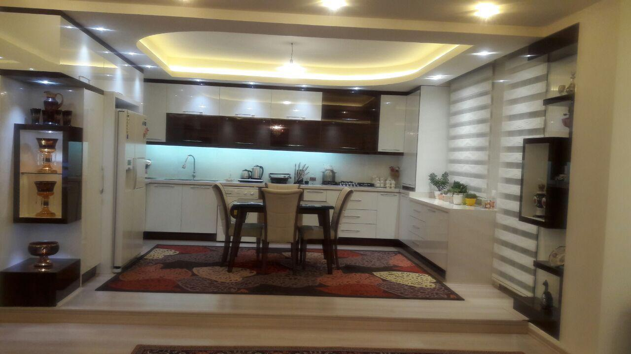 فروش طبقه چهارم از آپارتمان 6 طبقه در میدان یحیوی
