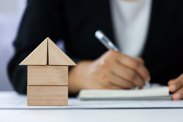 فروش ساختمان تجاری و مسکونی در چهارراه یاقوت