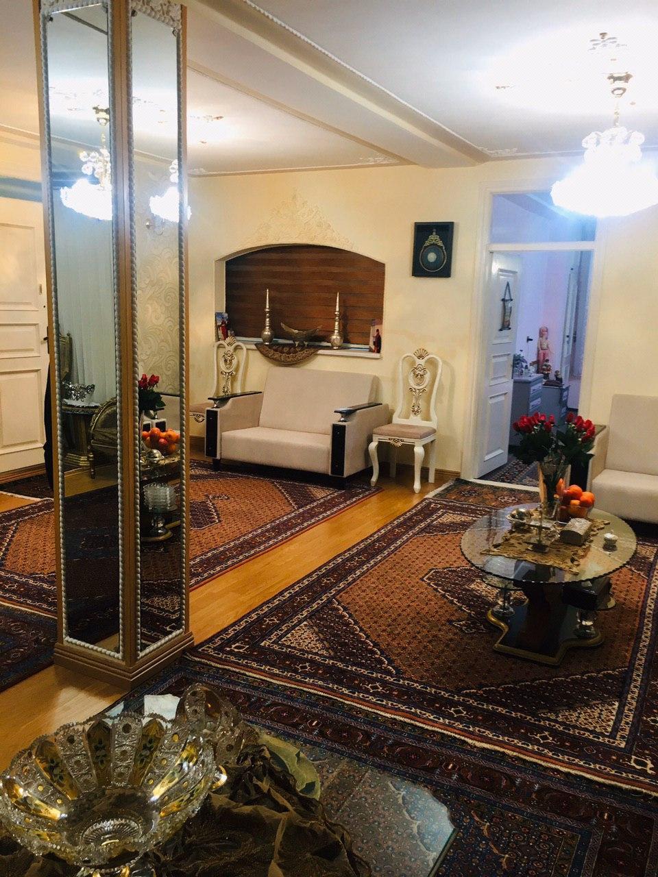 فروش طبقه دوم از آپارتمان 3 طبقه در شهرک سبلان