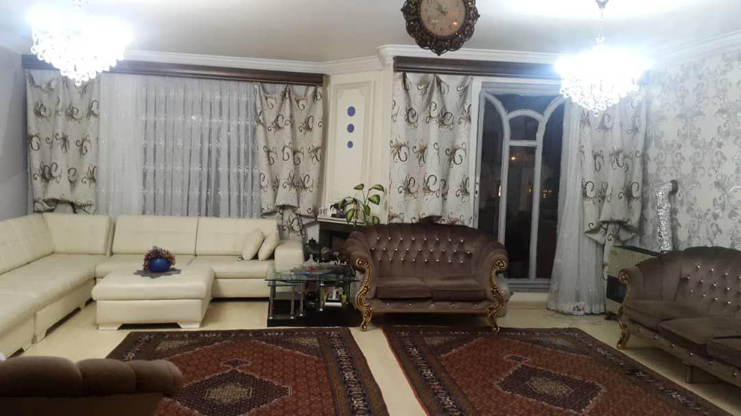 فروش طبقه اول از آپارتمان پیلوت 5 طبقه در میدان بسیج