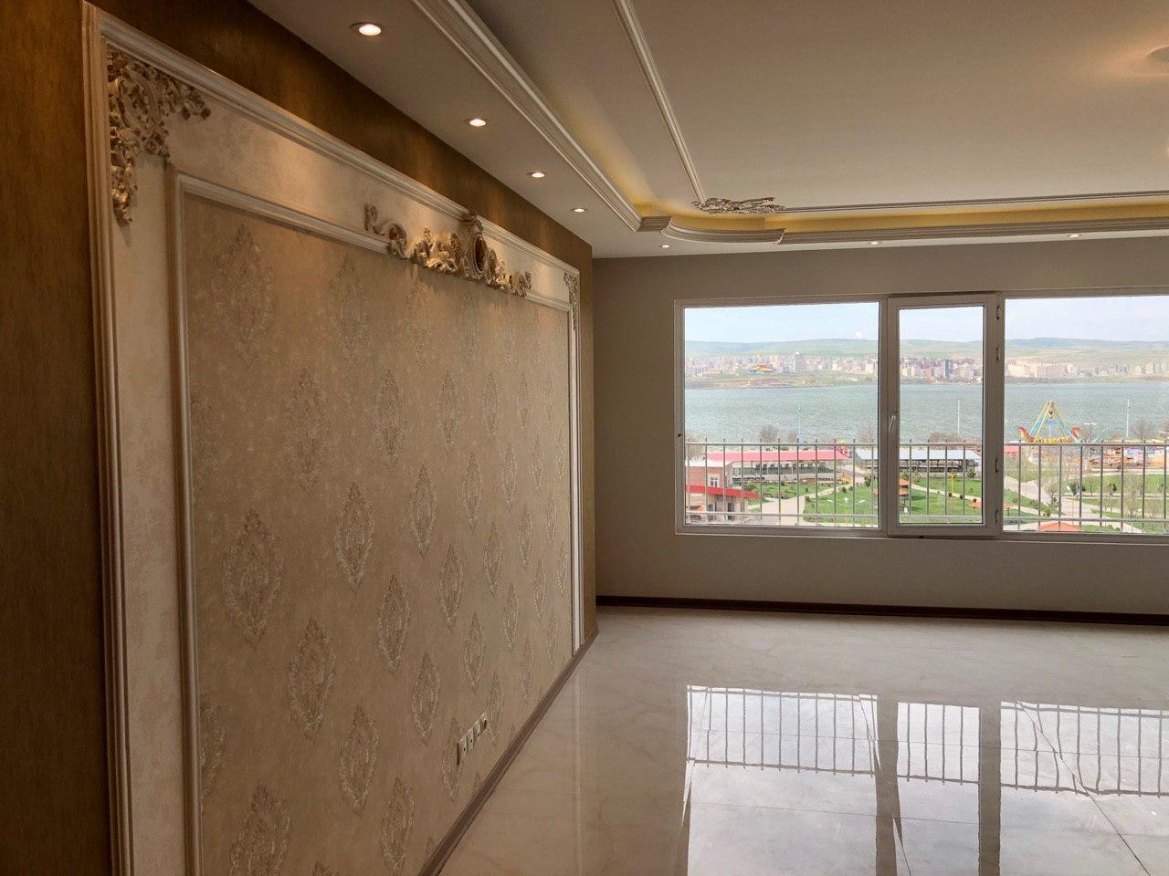 فروش طبقه پنجم از آپارتمان 7 طبقه در میدان پلیس