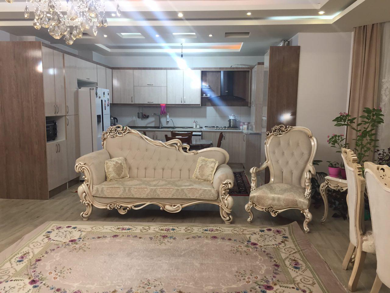 فروش طبقه سوم از آپارتمان 6 طبقه در ایستگاه سرعین