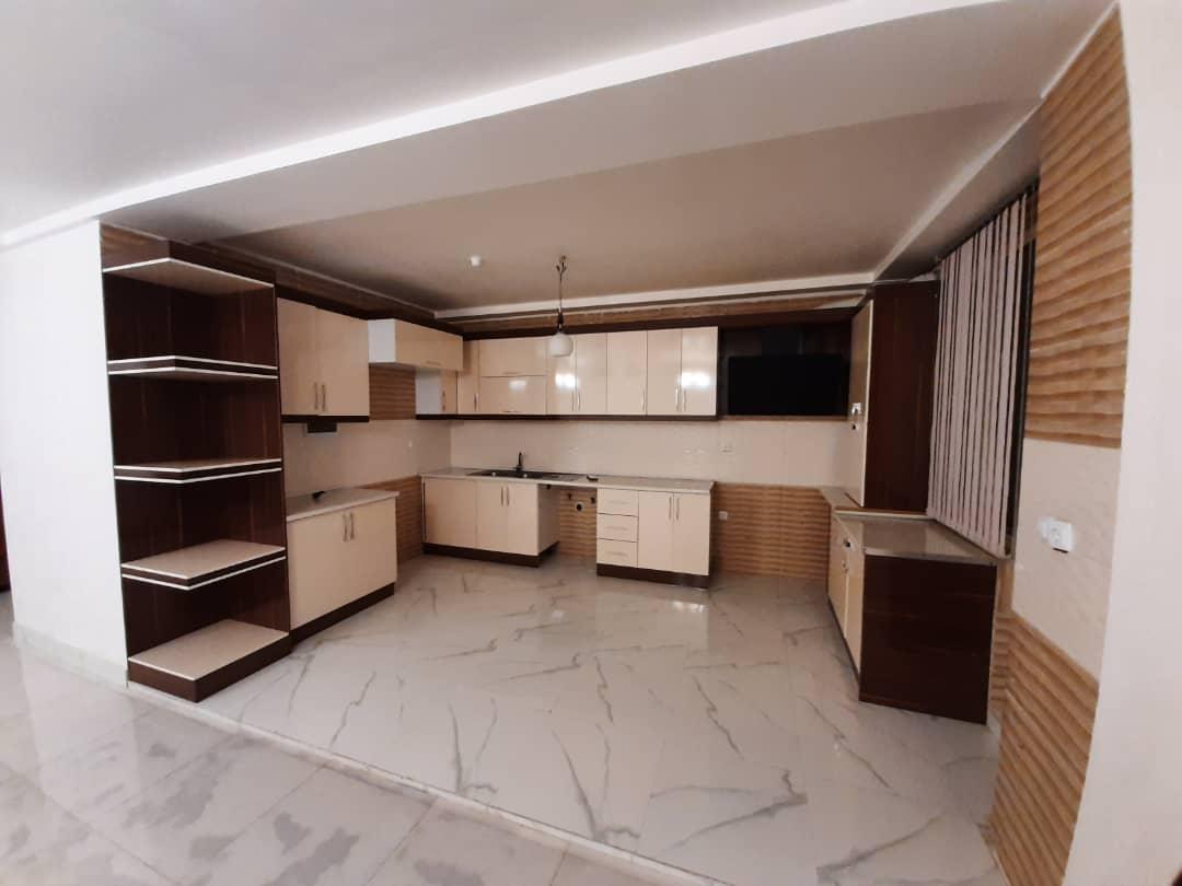 فروش طبقه سوم از آپارتمان 4 طبقه در شهرک کوثر