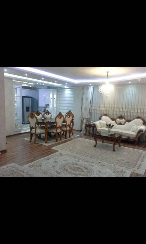 فروش طبقه اول از آپارتمان 4 طبقه در شهرک حافظ