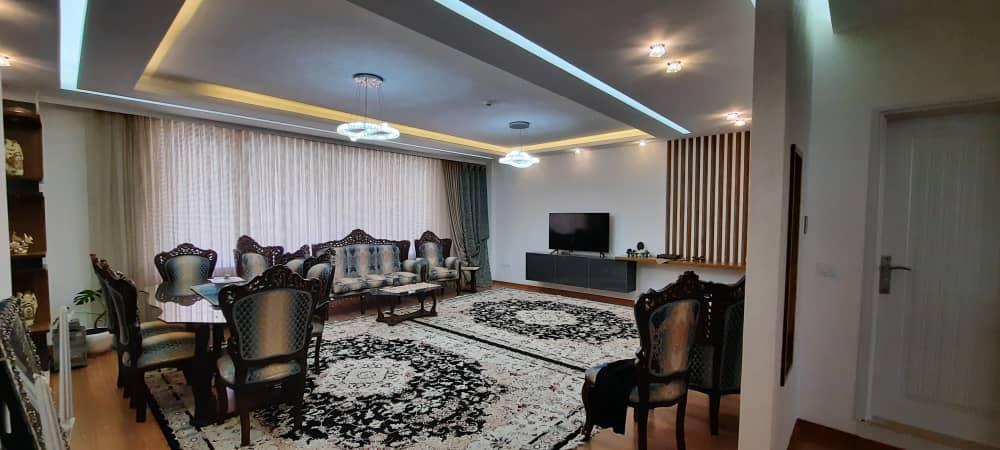 فروش طبقه یک از آپارتمان 5 طبقه در دانش