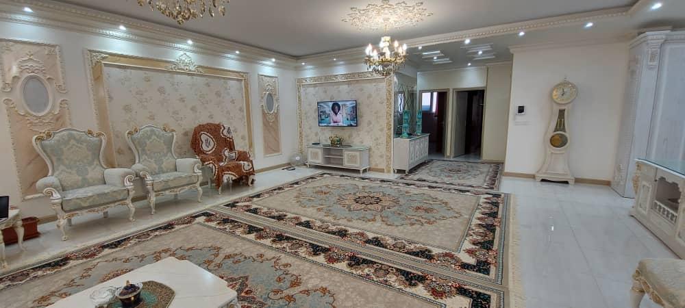 فروش طبقه اول از آپارتمان 5 طبقه در دانش