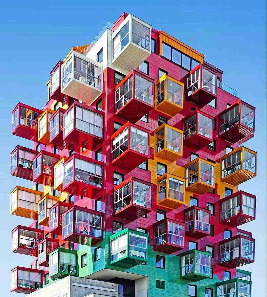 فروش طبقه ششم از آپارتمان 6 طبقه در میدان یحیوی