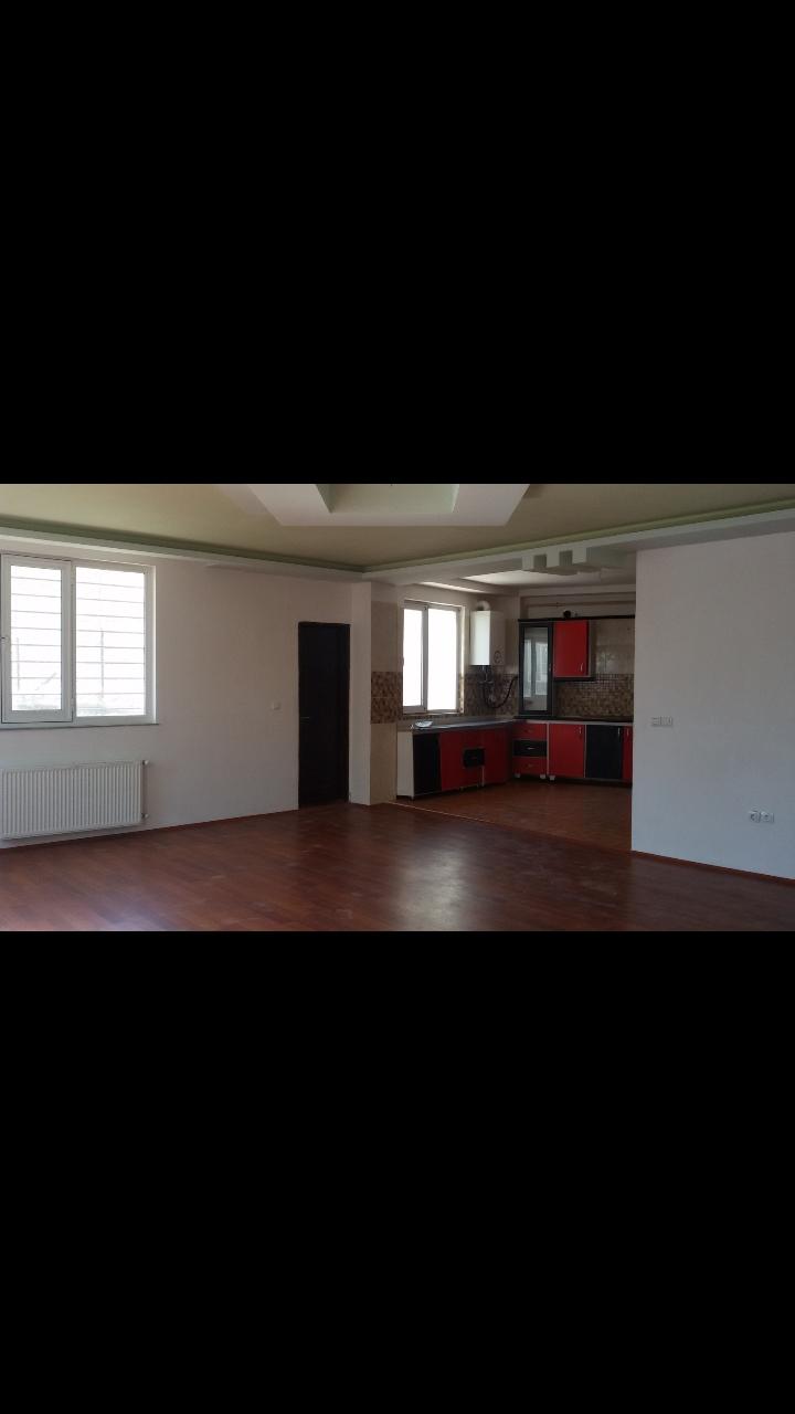 فروش طبقه اول از آپارتمان 4 طبقه در چهارراه حافظ